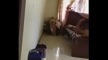 Элегантная девчоночка распростёрла своё тело перед факером