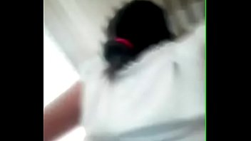 Молодая парочка записывает на ролики свой сладкий домашний трах