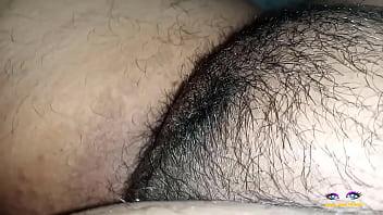 Рыженькая телка выполняет отсос члена от первого личика